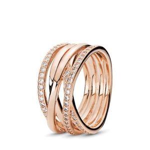 Sparkling & Polished Lined Pandora Ring